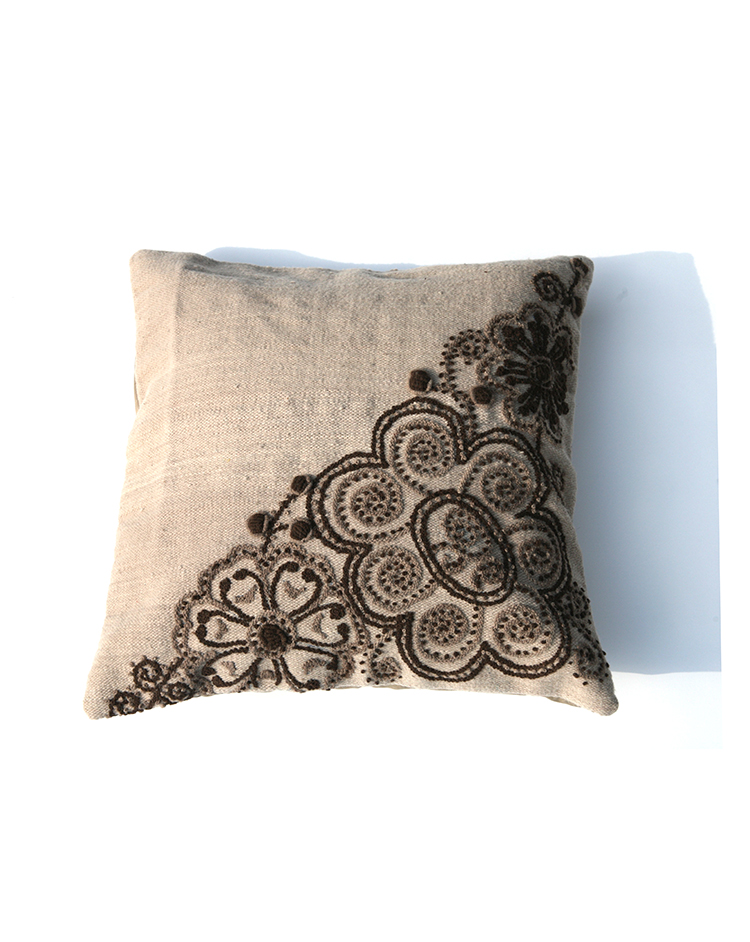 EMBROIDERED CUSHION COVER <br>PERU