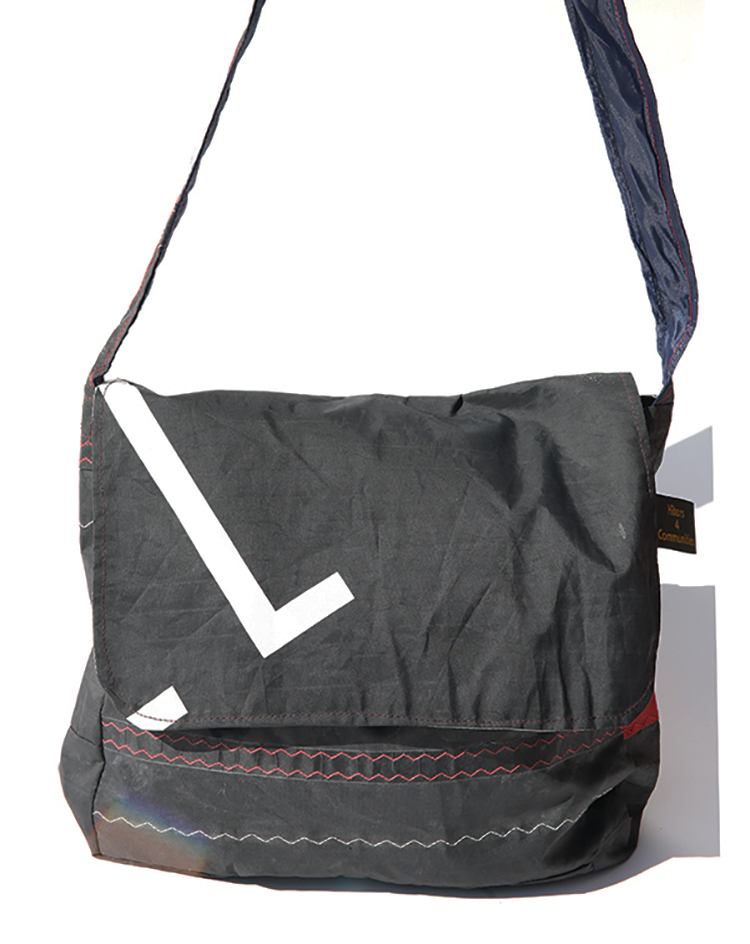 MESSENGER BAG FROM RECYCLED KITES<br>DOMINICAN REPUBLIC